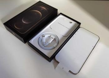 iPhone 13 Mini va mai fi lansat in 2021